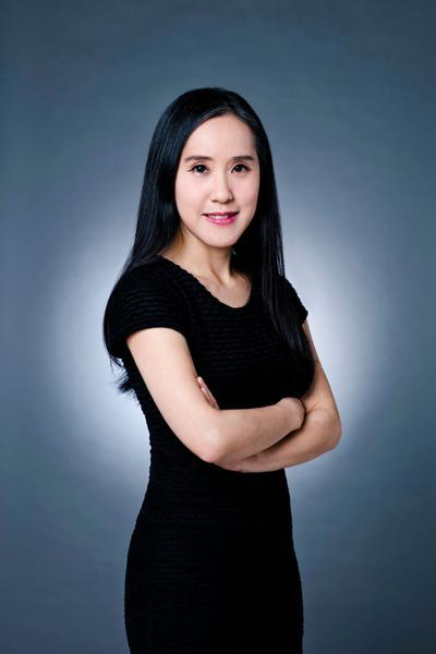 Gloria Tam