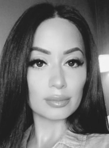 Mona Nikzad
