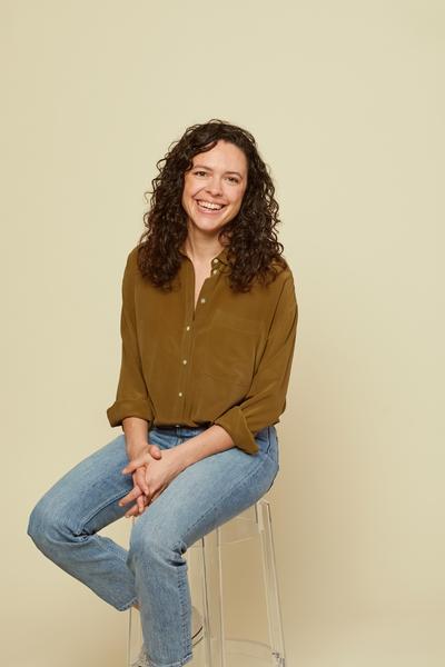 Melanie Travis