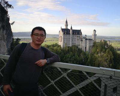 Zhou Yu Aaron